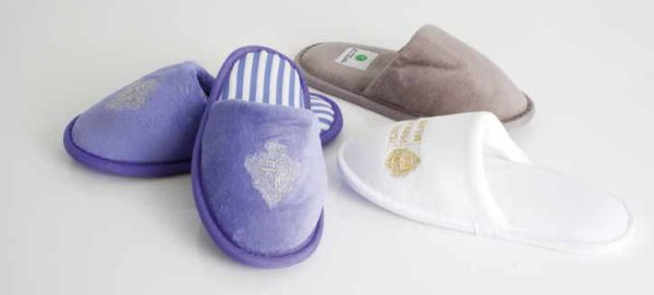 Labottega Closed Toe slippers image