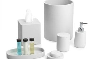 Stonehenge White Bath Set image